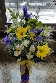 Best 638 Floral Arrangements Mothers Day images on Pinterest