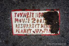 unsolved mystery latest toynbee tile found outside tribeca film