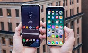 Apple iPhone X vs Samsung Galaxy S8 Which Flagship Phone Wins