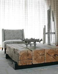 deco tronc d arbre table basse industrielle en troncs d arbres fauteuil tapissé de