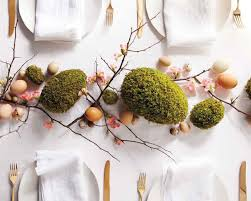 Fresh And Cheerful Easter Table Settings Centerpieces