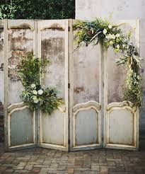 10 Rustic Old Door Wedding Decor Ideas To Make Your Outdoor Country Weddings Unforgettable