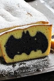 Pampered Chef Easy Accent Decorator Uk by 25 Best Easy Batman Cake Ideas On Pinterest Batman Cupcake Cake