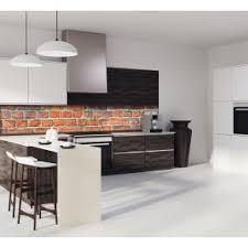 mur de cuisine crédence effet brique verre et alu credence cuisine deco