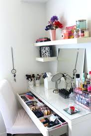 Makeup Vanity Table With Lighted Mirror Ikea by Desk 100 Makeup Dresser With Mirror And Lights Mirrored Makeup