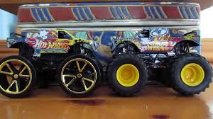 100 Team Hot Wheels Monster Truck Jam VS Track Ace