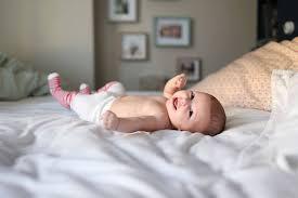 schlaf ist für die entwicklung des frühgeborenen sehr wichtig