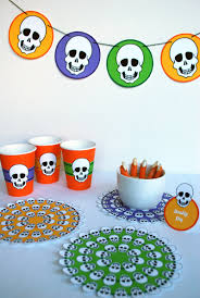 Free Halloween Potluck Invitation by Free Printable Skeleton Halloween Table Decorations U0026 Hp