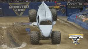 100 Monster Truck Show Los Angeles Megalodon Wins TwoWheel Skills Competition In