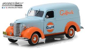 100 Chevrolet Panel Truck GreenLight 124 Running On Empty 1939 Gulf