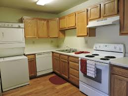 3 Bedroom Apartments Milwaukee Wi by Golden Domes Apartment Homes Apartments Milwaukee Wi Walk Score