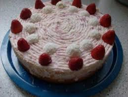 7 erdbeeren torte mit pudding und quark rezepte kochbar de