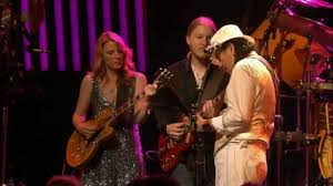 Make Somebody Happy' - Santana With Derek Trucks & Susan Tedeschi ... Filederek Trucks And Susan Tedeschi 2jpg Wikipedia Tonight 28 June Bb King With Ronnie Slash Derek At Blufest Byron Bay March 24th Tedeschi Trucks Band Together After Marriage Youtube Band Real Hand Signed 8x10 Photo W B Editorial Stock Photo Keep Your Lamp Trimmed And Burning Jacksonvilles Donates 48000 Worth Of Steve Earle Benefit Show Welcomes Warren Haynes Perform Id Rather Go Madison Wisconsin Usa 5th Nov 2018 Derek Susan The Greek Theater