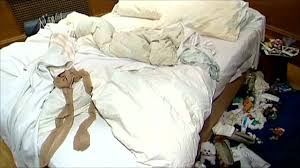 Tracey Emin My Bed by Tracey Emin Forgery Artist Jonathan Rayfern Jailed Bbc News