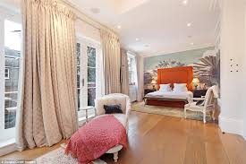 Striking Theres Plenty Of Space Over 6400 Square Feet And Quirky Colourful