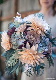 10 DIY paper flowers tutorials that will add the WOW to your wedding