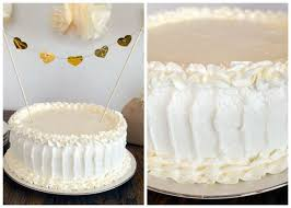 This Rustic Wedding Cake Frosting Technique Is Beautiful And Easier Than It Looks Whip Up Your Favorite Batch Of Buttercream Get To Work