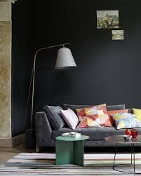 tiefes anthrazitgrau im wohnzimmer bild 3 schöner wohnen