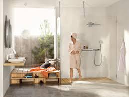 offen schlicht und smart das sind die badezimmer trends