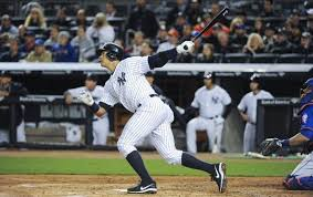 Yankees Alex Rodriguez goes deep off Mets starter Jon Niese in the first inning Sunday night