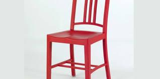 une chaise coca cola crée une chaise avec des bouteilles recyclées femme actuelle