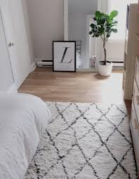 Felt Rug Pads For Hardwood Floors by Flooring White Furry Rug Pads For Hardwood Floors For Your Cozy Rugs
