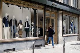 22 Retailers At Risk Of Bankruptcy: Closing Stores | Money