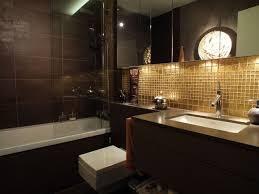 badezimmer bilder goldene mosaik fliesen fliesenspiegel