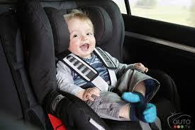 siege auto comment l installer comment bien installer un siège d auto pour enfant orienté vers l