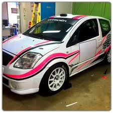 deco voiture de rallye décoration adhésive rallye adhesif auto