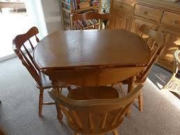 Pinewood Table 4 Chairs