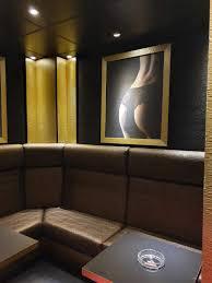 gentlemans club in der royal bar in hannover häusler ladenbau