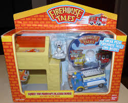100 Fire Truck Movie NEW House Tales SQUIRTS BLAZING HOUSE PLAYSET W Chief The