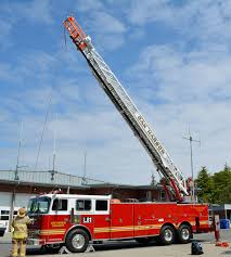 100 Fire Trucks Unlimited Oak Harbor Departments Ladder Truck To Undergo Repairs