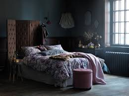 13 Dark Cozy Bedrooms To Get Inspired For Fall