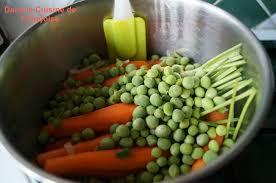 cuisiner petits pois frais petits pois carottes et oignons nouveaux ou comment le printemps