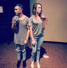 Alan Powell s of His Wife Twinning with Anthem Lights
