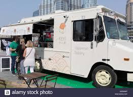 100 Outside The Box Food Truck Market Dubai 2017 Stock Photo 158711330 Alamy