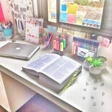 Borgsjo Corner Desk Assembly Instructions by Best 25 Neat Desk Ideas On Pinterest Cute Desk Decor Small