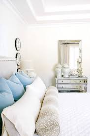 Raymour And Flanigan Lindsay Dresser by Best 20 Transitional Bedroom Decor Ideas On Pinterest