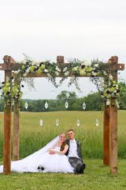 Beautiful Rustic Wedding Altar Decorations