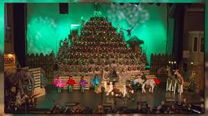 Bellevue Singing Christmas Tree 2016 by The 54th Annual Singing Christmas Tree King5 Com