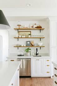 idée décoration cuisine avec rangements ouverts