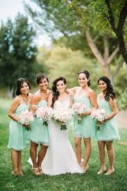 Bridesmaids In Mint Dresses