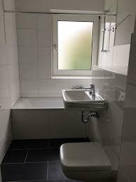 wir renovieren für sie kleine 4 zimmer wohnung mit neuem badezimmer boden und tapeten