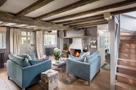 wohnzimmer landhausstil farben raumgestaltung caseconrad