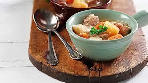 cuisiner coeur de porc ragoût de porc et de légumes racines fondation des maladies du