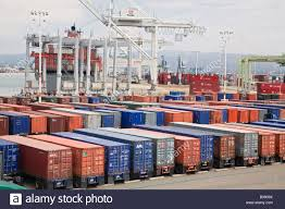 100 Shipping Containers California Oakland Containers Are Loaded Onto A Container