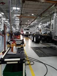 100 Mack Trucks Macungie Store 7000 Alburtis Rd PA 18062 USA