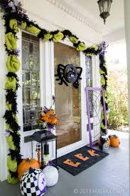 Pictures Of Halloween Door Decorating Contest Ideas by Best 25 Halloween Front Porches Ideas On Pinterest Halloween